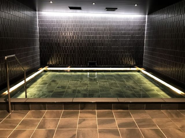ザ ロイヤルパーク キャンバス 京都二条 大浴場