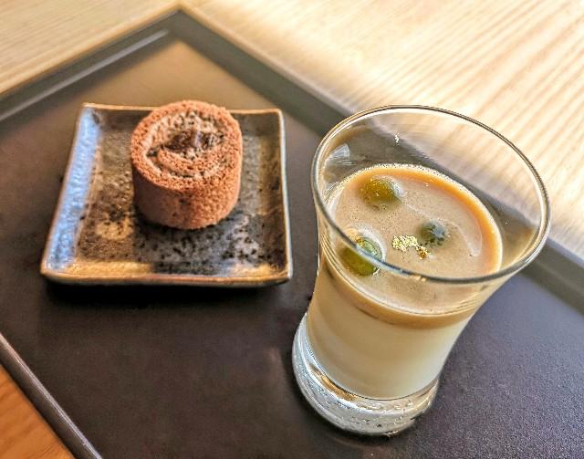 東京都・目黒「ホテル雅叙園東京」6月限定お茶のおもてなし(玄米茶のパンナコッタ(玄米茶))