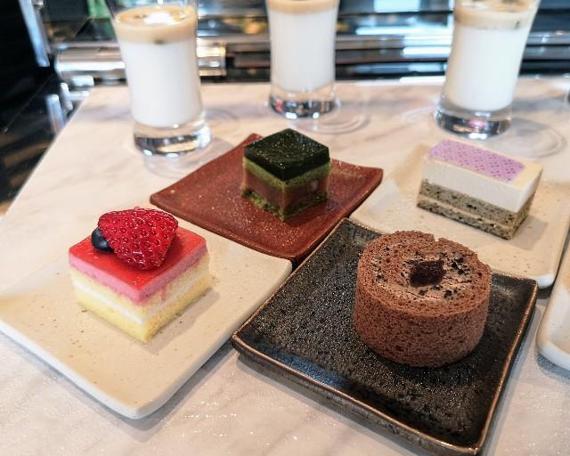 東京都・目黒「ホテル雅叙園東京」6月限定お茶のおもてなし(フランボワーズライチ、ロールショコラ)