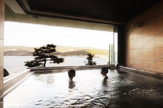 朝凪 展望露窓風呂