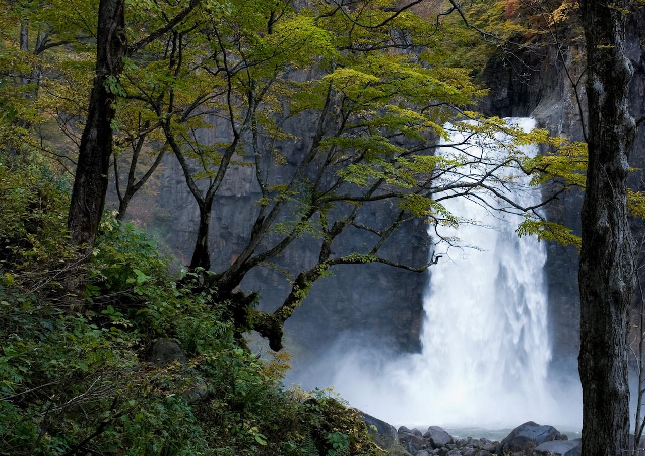 苗名滝(新潟県)