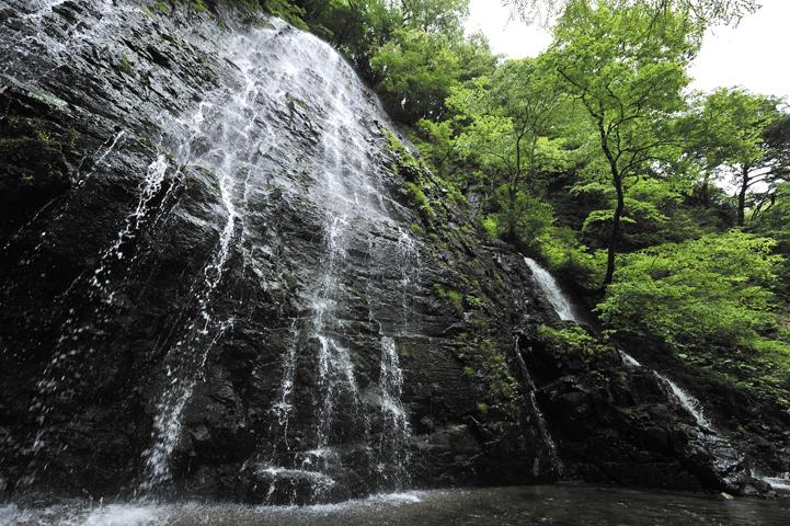 龍双ヶ滝(福井県)