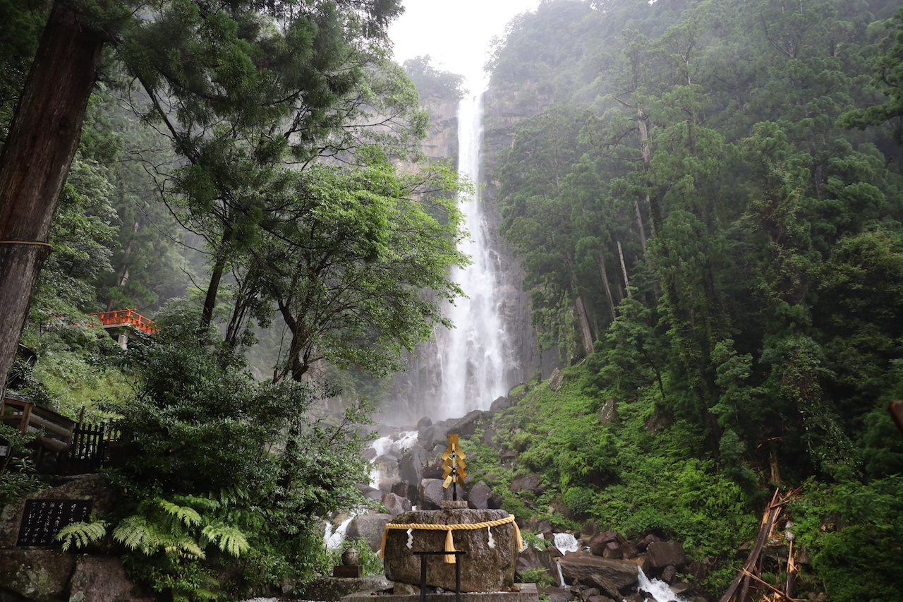 那智の滝(和歌山県)