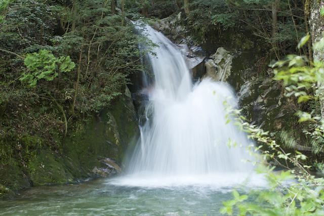 寂地峡五竜の滝(山口県)