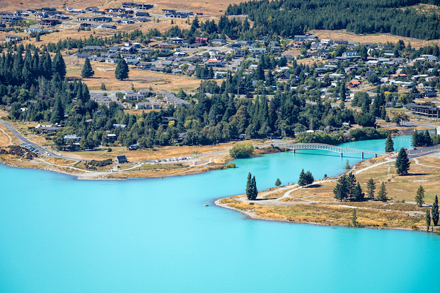 ニュージーランド・テカポ湖1
