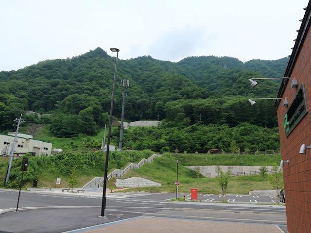 川原湯温泉駅前