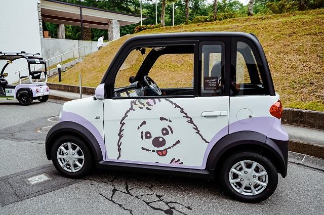 「キッキー・ウィッキー」がデザインされた超小型EVモビリティ四輪車