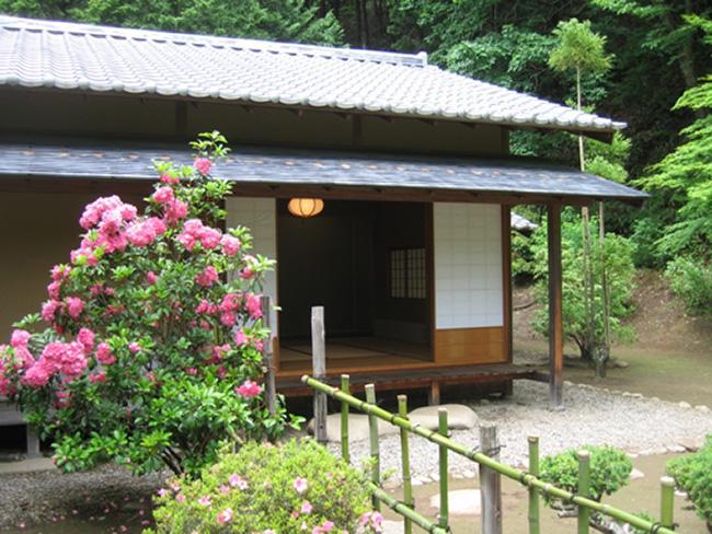 長野県朝日村武居城跡公園鳥飼の清水お茶室『和合庵』