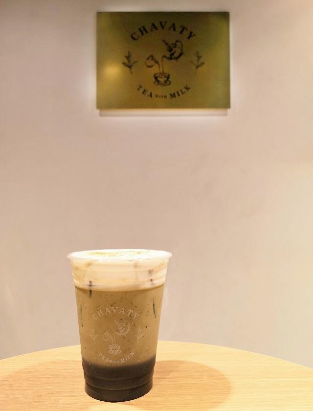 東京都渋谷区・ティーラテ専門店「CHAVATY 渋谷東急フードショー」ホワイトメルトティー(ほうじ茶セサミチーズ)1