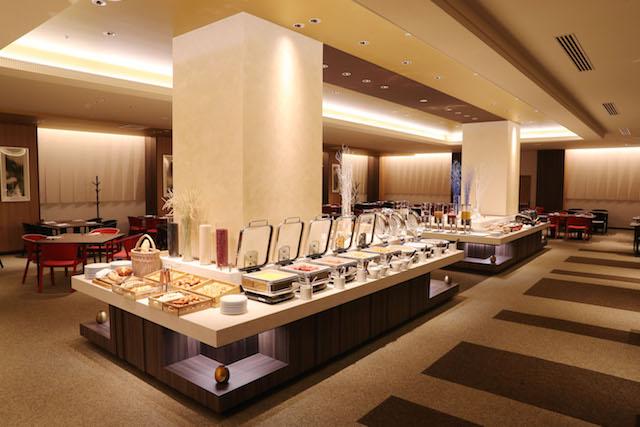 洋食レストラン「ザ・プレート」