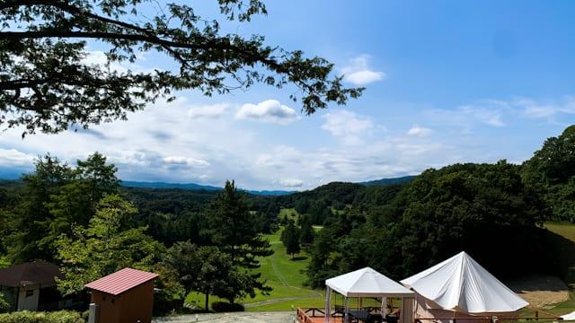 福島県いわきにある「スパリゾートハワイアンズ」内にあるゴルフコースに7月26日にオープンしたばかりのグランピング施設