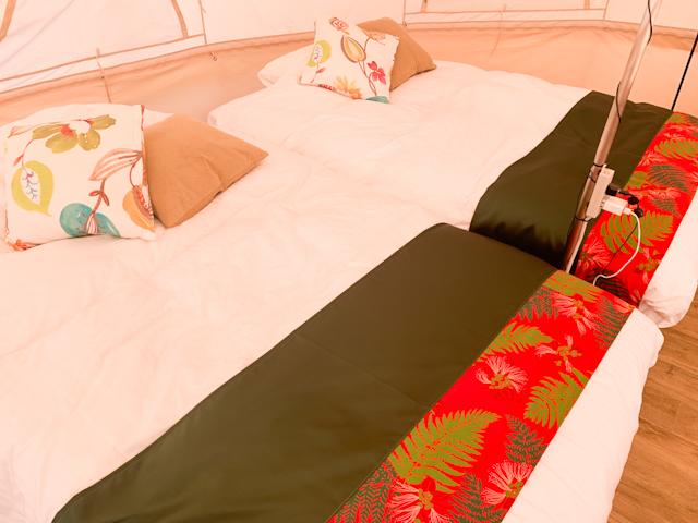 部屋の中には2台のベッド