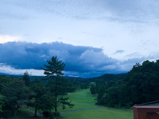 雲の流れを見ながらのバーベキュー。最高に贅沢な時間でした