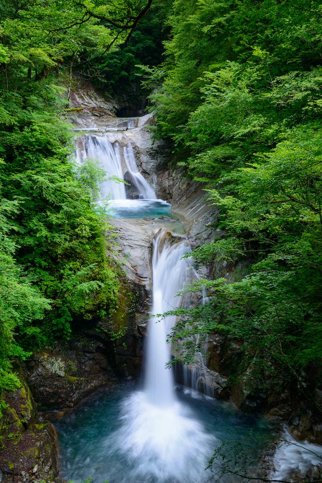 山梨県山梨市七ツ釜五段の滝