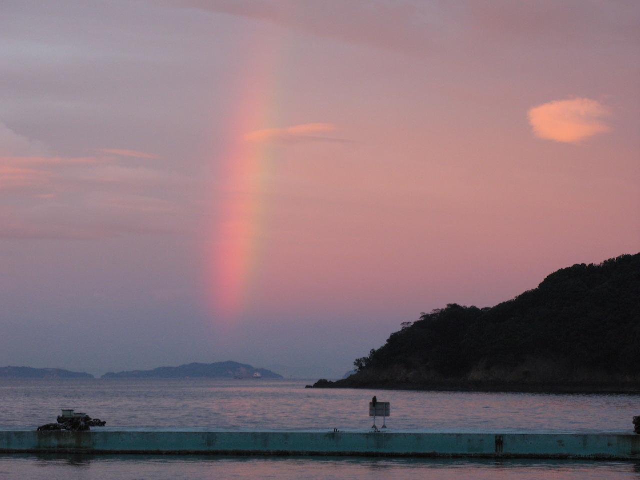 広島県 鞆の浦にかかる虹