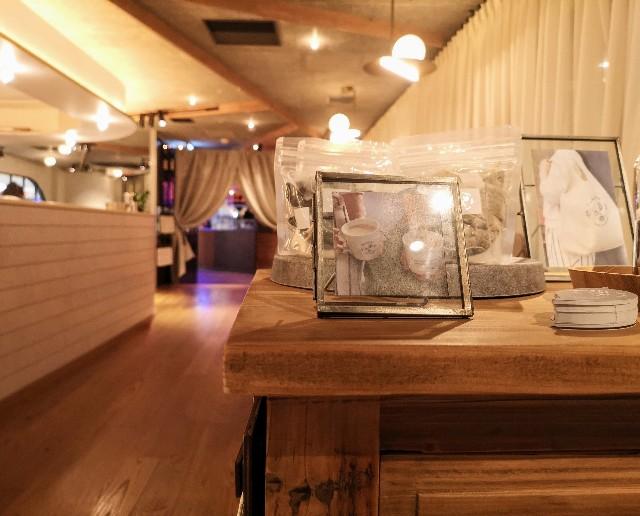 神奈川県厚木市・「CHAVATY TEA AND SALON」店内