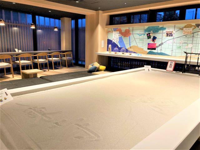 星野リゾート OMO3京都東寺 写経テーブル
