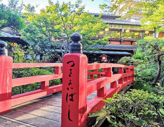 神奈川県川崎市・とうふ料理店「とうふ屋うかい 鷺沼店」庭園