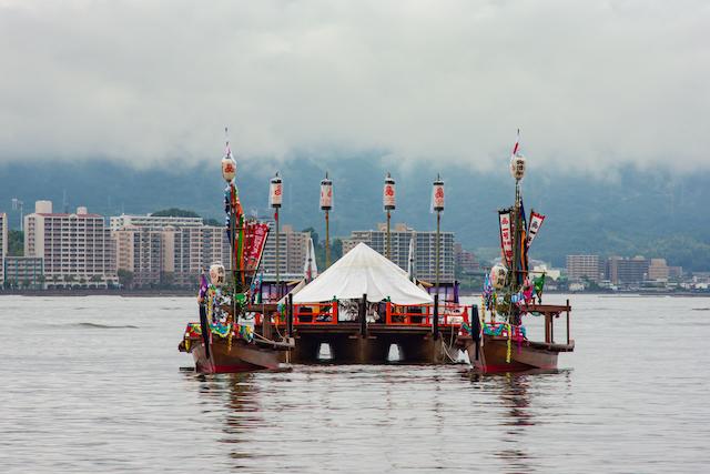 厳島神社の管絃祭