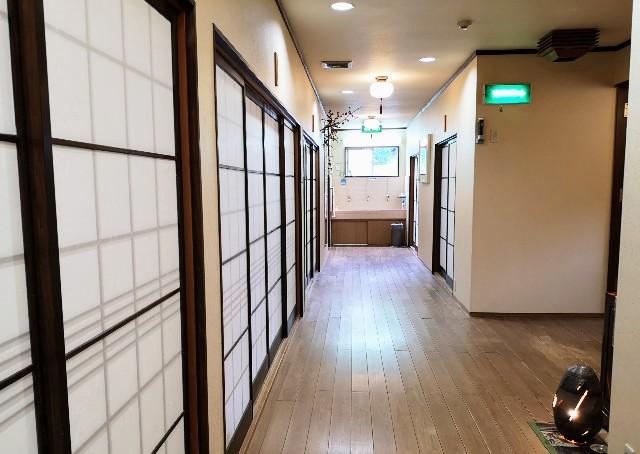 奈良県吉野郡・「花あかりの宿 柳屋」2階の廊下