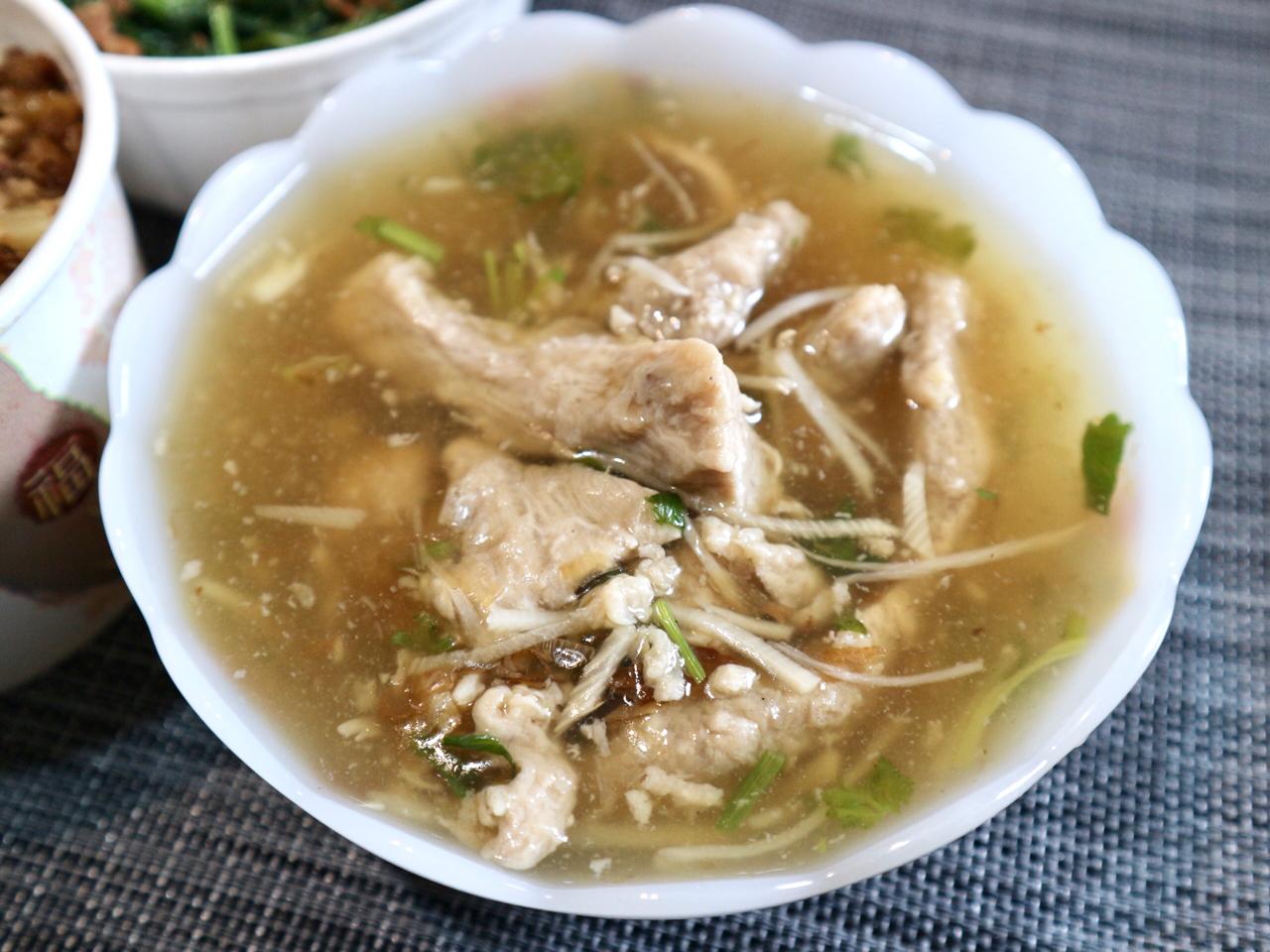 赤肉羹・魯肉飯に煮卵・茹で野菜