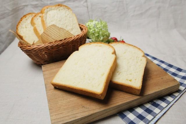 成城石井自家製 パン職人のこだわり湯種食パン