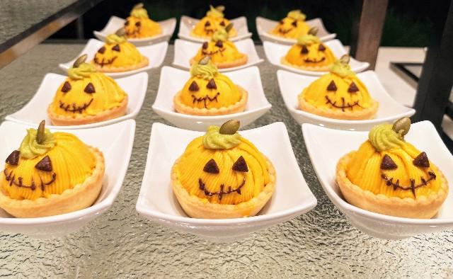 「怖かわ」モンスターのケーキが大集合!金曜限定スイーツブッフェを体験【シェラトン・グランデ・トーキョーベイ・ホテル】